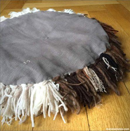 berlin-madrid-telaviv-cushion-kissen-kaufen-chair-cojin-stitch-embroidery-bordado-teppich-tapestry-wool-lana-wolle-clases-textil-weben-webrahmen-creative-crafts-handmade