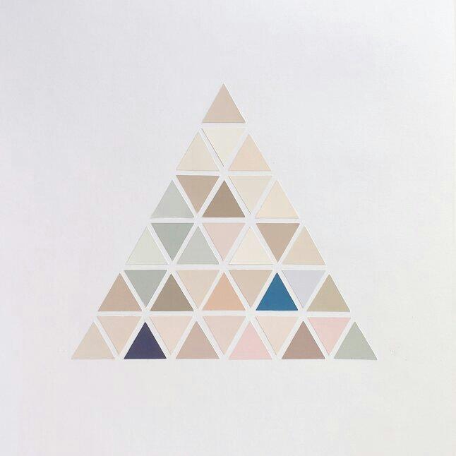 triangle-serie-num-02-marucarranza-2013